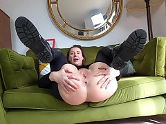 Kinky solo wife Lara takes off her latex pants in tease get under one's camera