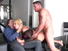 Blonde wife Amy Brooke enjoys having MMF threesome with anal sex
