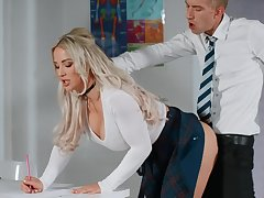 Blonde bends ass for younger bloke relative to mesmerizing office shag