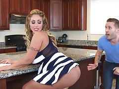 Cremapie for gorgeous Eva Notty after wild fucking in the kitchen