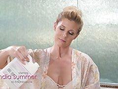 Rabelaisian lesbian milf India Summer enjoys unforgettable nuru massage