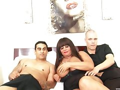 Cassidy C about meanderings surrender for a dig up while choking on an erected tool