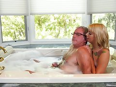 Romantic bootyful blond head Chanel Grey gives old pervert a blowjob