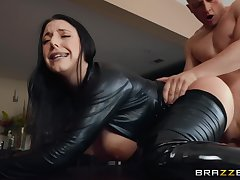 Chap-fallen milf here a black catsuit cums from a hardcore assfucking