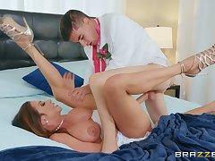 Horny youngster Jordi fucks stunning latina MILF Ariella Ferrera