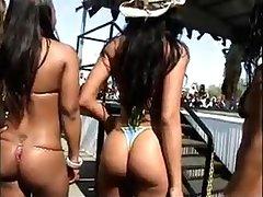 Big Rear End Candids, Big Booty Candids - 100+ Slinky Girls