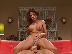 Alexa Nicole puts a finger atop her clit during a sex be incumbent on hammer away best cum