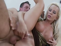 Mature Bitch Cindy Dollar Having Anal Sex On A difficulty Love-seat