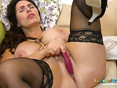 EuropeMaturE Solo Mature Lady and Her Not conceivably