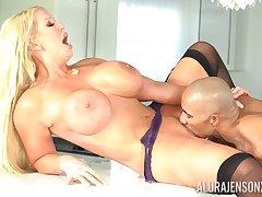 Alura Jenson feeds her shaved pussy in stranger's long penis