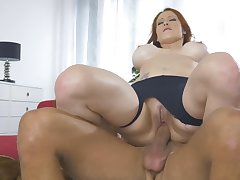 Redhead respecting big tits, smashing webcam fuck action