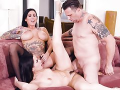 Dark-haired divas Lily Lane and Aria Lee apportionment a hung darling