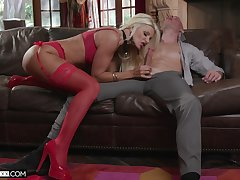 Experienced cougar Brittany Andrews is going to teach her virgin stepson everything