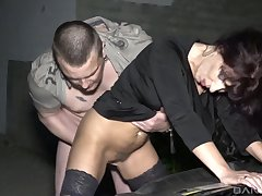 Mature slut Samy Saint takes a long dick all round their way pussy and mouth