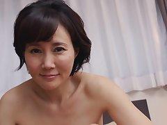 Akasaka Runa Elegant And Mature Pussy