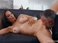 Guy with steel inches shows this cheating wife the best orgasms