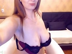 Russian webcam woman shows her lively natural big tits