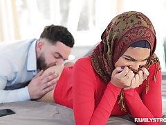 Hot AF hijab sprog forth big booty Maya Farrell is fucked detach from ruin