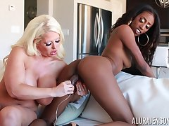 Feeling inordinately horny perverted busty MILF Alura Jenson is notice of lesbian fun
