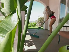 Intimate POV action with hammer away unreasoning ass blonde doll